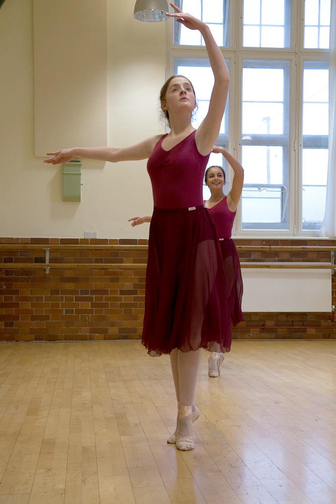 Ballet classes Corsham grades 6 to 8